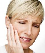Боль в височных суставах